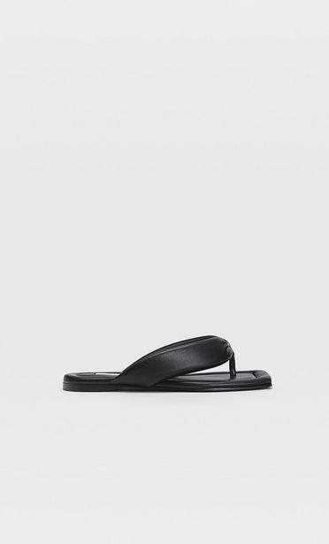 Ofertă Sandale joase matlasate 99,9 lei