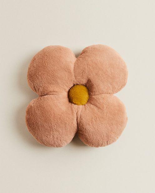 Ofertă Pernuță Floare Din Imitație De Blană 79,9 lei